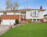 295 Continential Dr, Manhasset Hills image