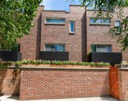 527 West Dickens Avenue, Chicago image