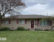 13314 Picadilly Dr, Sterling Heights image