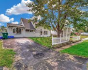 16 Red Cedar   Drive, Levittown image