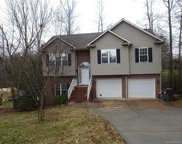 116 Meadow  Glen, Troutman image