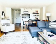 8 Whittier Pl Unit 8D, Boston image