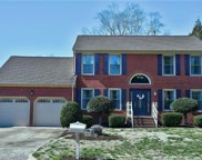 512 Woodglen Drive, South Chesapeake image