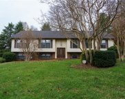 208 Heatherton Way, Winston Salem image