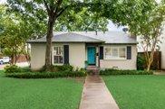 4638 W Amherst Avenue, Dallas image