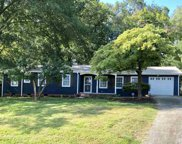 109 Bellview Drive, Taylors image