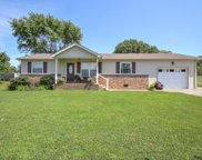 1205 Woodvale Dr, Gallatin image