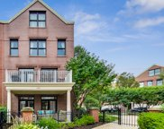 1886 Admiral Court, Glenview image