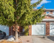 38 Brownstone Circ, Vaughan image