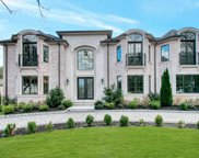 29 Laurie Drive, Englewood Cliffs image