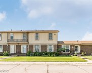 8956 Scotia Dr, Sterling Heights image