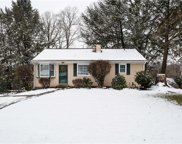 1071 Crest Drive, Moon/Crescent Twp image
