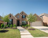 509 Lomax Lane, Fort Worth image