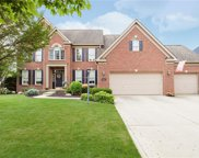 11861 FLORAL HALL Place, Fishers image