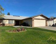 2418 Pinon Springs, Bakersfield image