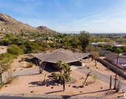 6831 N 58th Place, Paradise Valley image
