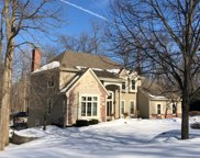 570 Toldt Forest Ct, Brookfield image