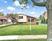 537 N Yale Avenue, Villa Park image