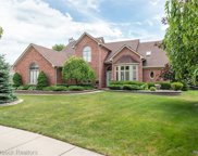 43674 Vintage Oaks Dr, Sterling Heights image