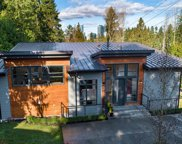 10210 SE 10th St, Bellevue image