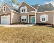 310 Oak Ridge Court, Swansboro image