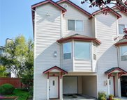 8823 Holly Dr Unit 530, Everett image