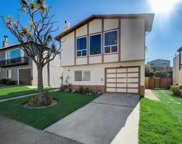 220 Catalina Ave, Pacifica image