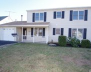 26 Saddler  Ln, Levittown image