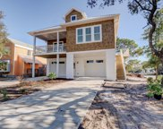 914 Searidge Lane, Carolina Beach image