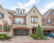 2233 Cameron Crossing, Grapevine image