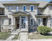 28 Baffin Crt, Richmond Hill image