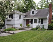 132 Pershing Ave, Locust Valley image