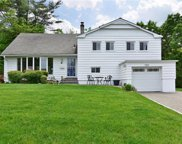 11 Southway, Hartsdale image