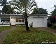 8926 Abbott Ave, Surfside image