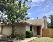 8120 Laurel Bend, San Antonio image