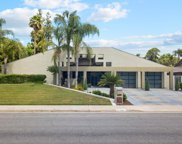 7704 Calle Cerca, Bakersfield image
