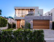 633 North Crescent Heights, Los Angeles image