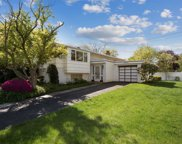 567 Westwood Rd, Woodmere image