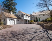 4617 Townes Circle, Edina image