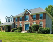 7800 Valleyfield   Drive, Springfield image