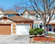 658 Graceland Crt, Pickering image