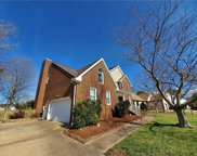 804 Copper Stone Circle, South Chesapeake image