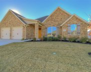 305 Bluffside Trail, Benbrook image