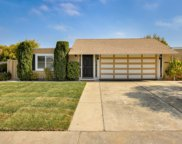 241 Mainsail Ct, Foster City image