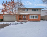 1005 Canterbury Rd, Grosse Pointe Woods image