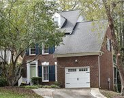 6712  Choppy Wood Circle, Charlotte image