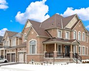 28 Pennine Dr, Whitby image
