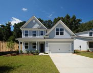 137 Windward Court, Summerville image