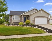 1074 Inverness Dr, Syracuse image