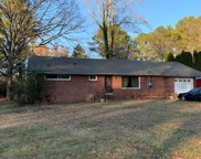 328 Rogers Dr, Manchester image